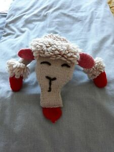Vintage Lamb Chop   Knitted Hand Puppet..lovely condition  She's very pretty.