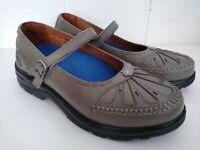 DR. COMFORT Paradise #2105 Women's Gray Mary Jane Diabetic Shoes Sz 8.5 W Wide