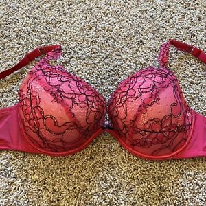 CACIQUE PRETTY PLUNGE BRA,  PADS CAN BE ADDED 36DD EUC