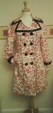 Coat / Mac White With Red Flowers & Black Details Size 14 Retro / Vintage Style
