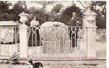 CAPRERA - Il Generale Ricciotti e donna Costanza alla tomba dell'Eroe /Garibaldi