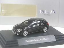 Klasse: Busch Mercedes Benz GLA schwarz in OVP