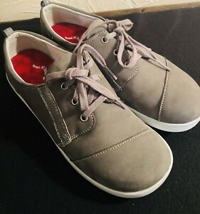 WOMENS SAS Grey SUEDE COMFORT WALKING SHOES - SIZE 7 M Gently Used