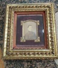 Antique Gold Gilt High Relief Leaf Berries Design-Velvet-Gesso Picture Frame