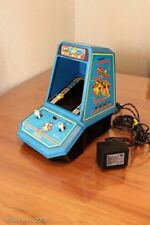Ms. Pac-Man  table game 1981 Bally Midway  © Coleco