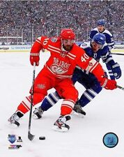 "2014 WINTER CLASSIC Henrik Zetterberg ""Detroit Red Wings"" LICENSED 8x10 photo"