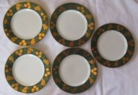 CRATE & BARREL GRAPES AND LEAVES GREEN AND GOLD DINNER PLATES - SET OF 5