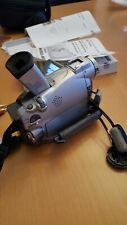 Canon DM-MV550i MiniDV Camcorder 22x optischer Zoom inkl. Zubehörpaket