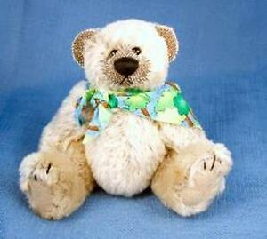 "DEB CANHAM ARTIST DESIGNS BIGGER BEARS ""TUCKER"" 6""-BEIGE MOHAIR - JOINTED"
