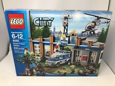 Lego City Set Forest Police Station 4440 ~ Small damage to retail box ~