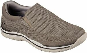 Skechers Mens Relaxed Fit Gomel Shoes