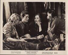 Friendly Persuasion R1961 8x10 black & white movie still photo #89