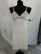 Vintage Vanity Fair Full Slip Sz 32 L Long....Made In USA  lace ivory