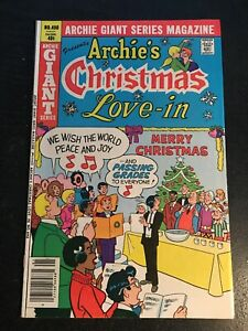 """Archie Giant Series Magazine#490 Incredible Condition  9.0(1980)""""Christmas """""""