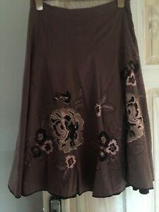 Monsoon stunning embroidered skirt size 10