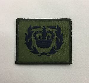 WO2 RQMS Green Rank Badge, Crown Wreath, Army MTP Military Patch, Hook & Loop