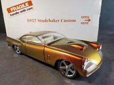 Danbury Mint 1957 Studebaker Custom Golden Hawk 1:24 Scale Diecast Model Car