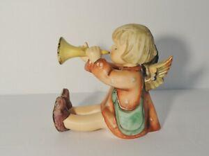 Hummel figurine JOYOUS NEWS #27/III  Tmk 6