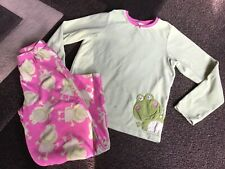 Girls Carters frog winter pjs size 10(Guc)