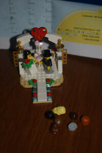 LEGO 40197 Wedding Favor CAKE TOPPER 100% INVENTORIED Some Wigs Substituted EUC