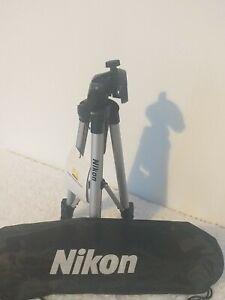 Nikon Camera Tripod For D-SLR SLR  Digital With Carry Case/ 67cm Genuine