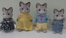 CALICO CRITTERS FISHER CAT FAMILY IN VERY GOOD CONDITION