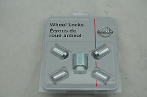 NISSAN INFINITY WHEEL LOCKS WHEEL LOCKS G35 FX35 TITAN VERSA