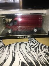 MINICHAMPS 1/43 CLASSIC FORD TRANSIT BOX VAN HIGH ROOF METALLIC RED 430 089300