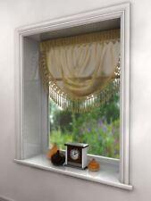 Rideaux et cantonnières beige modernes pour la chambre