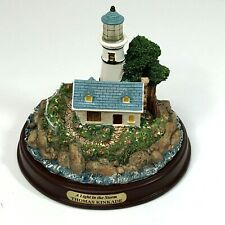 Thomas Kinkade Seaside Memories: A Light in the Storm Lighthouse Decor