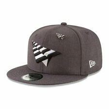 New Era RocNation Paper Plane 9FIFTY Snapback Hat with Pin By JayZ - Gray
