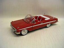1961 Chevrolet Impala Convertible 1:32 Die-Cast Signature Models 32431