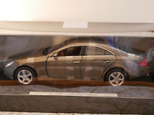 Mercedes-Benz CLS - KLASSE GREY  DEALER-VERSION NEW DIE-CAST 1:18