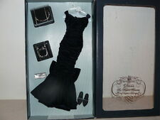 Franklin Mint Princess Diana Vinyl Doll Midnight Blue Velvet Ensemble With COA