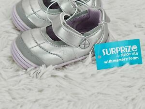 STRIDE RITE SURPRIZE SNEAKERS 'ASHBY' MARY JANE SHOES Silver Metallic GIRLS 4