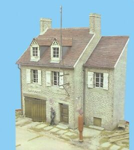 CD-0016 French Garage House, 1/35 scale resin building (comes with CD Disk)