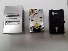 1, Honeywell TP970A 2004 4 Pneumatic Thermostat