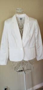 NWT Worthington Womens Winter White Button Up Large Blazer Machine Washable