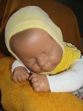 SÜSSES ÄLTERES GROSSES LISSI BÄTZ BABY PUPPE MIT KLEIDUNG