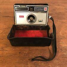 Vintage 1960's Kodak Instamatic 104 Built in Case (126 Film Camera) HD8