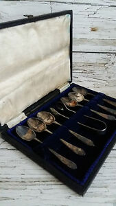 Vintage Six 1930's Silver Plated Tea Spoons with Sugar Thong in Original box.