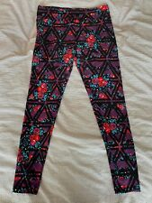 Lularoe, PurpleTriangle Floral, Leggings - Excellent Condition - Tall & Curvy
