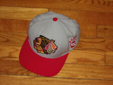 MITCHELL & NESS CHICAGO BLACKHAWKS HOCKEY SNAPBACK BASEBALL CAP EXCELLENT COND.