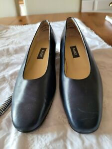 Bally Navy Shoes Size 7.5