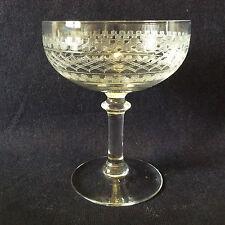 Coupe à champagne H±11,4 cm cristal gravé à l'acide grande cristallerie ancienne