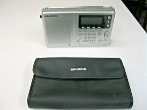 Grundig YB400PE Yacht Boy 400 World Receiver AM FM LW MW Short Wave W/Case