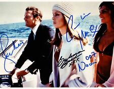ROGER MOORE,CAROLINE MUNRO & BARBARA BACH SIGNED PHOTO FROM THE SPY WHO LOVED ME
