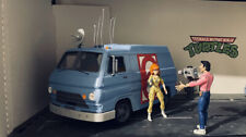 TMNT NECA Channel 6 Van April O?Neal and Vernon included
