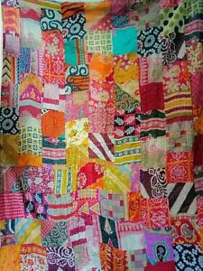 Indian Handmade Patchwork Kantha Quilt Throw Reversible Bedspread Single/Double