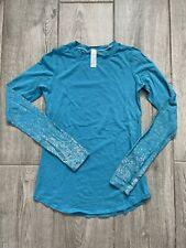 New listing Ivivva By Lululemon Girls Long Foil Sleeves Shirt Thumb Holes Blue Size 12 EUC